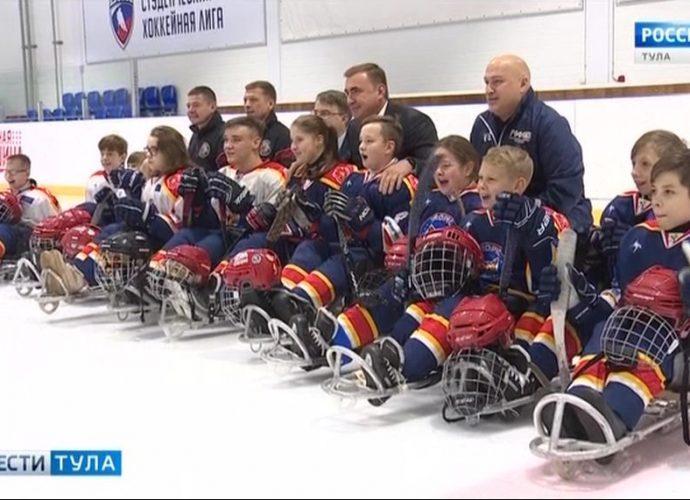 Алексей Дюмин отметил высокий уровень мастерства юных следж-хоккеистов