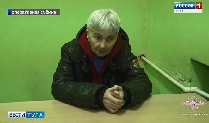 Пожилую тулячку подозревают в  вымогательстве денег