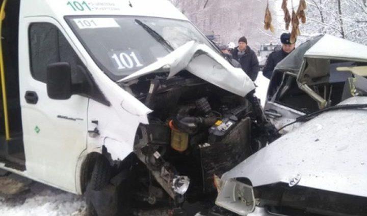В ДТП с автобусом в Щёкинском районе пострадали пятеро взрослых и ребёнок
