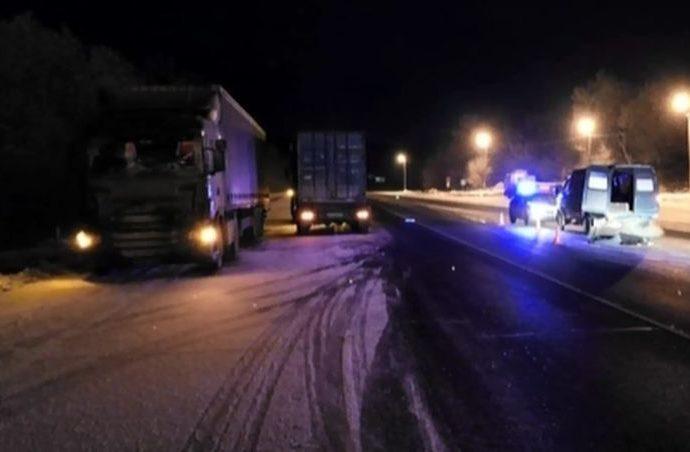 Пешеход в тёмной одежде погиб под колёсами «КамАЗа»