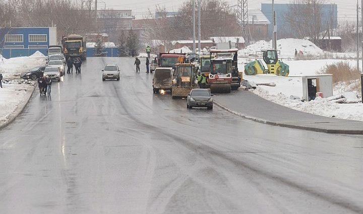 Когда введут в эксплуатацию дорогу по улице Хворостухина?