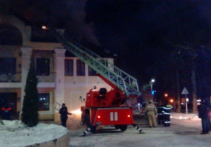 Названа предварительная причина пожара в «Петре Петровиче»