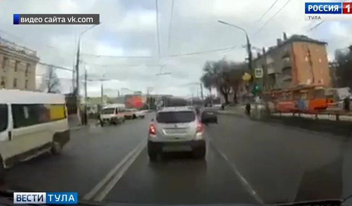 В Туле скончалась женщина, угодившая под колеса иномарки