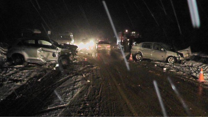 В Венёвском районе в ДТП на встречной полосе погибла автоледи