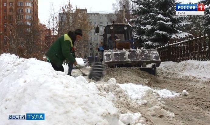Какие силы брошены на борьбу со снегом в Туле?