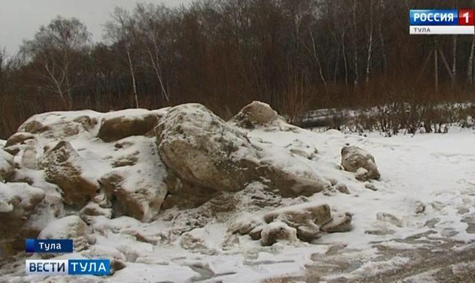 Снег с улиц Тулы опять везут куда попало