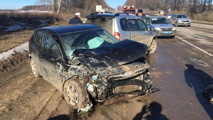 На трассе «Тула - Новомосковск» столкнулись Chevrolet и Hyundai