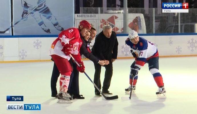 Легенды хоккея сыграли в центре Тулы матч закрытия сезона