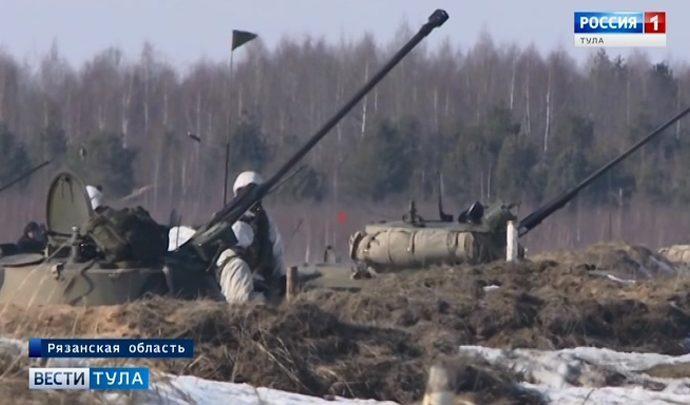 Тульские десантники потренировались в тактической стрельбе