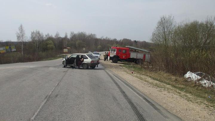 На трассе «Тула-Алексин» столкнулись две Лады