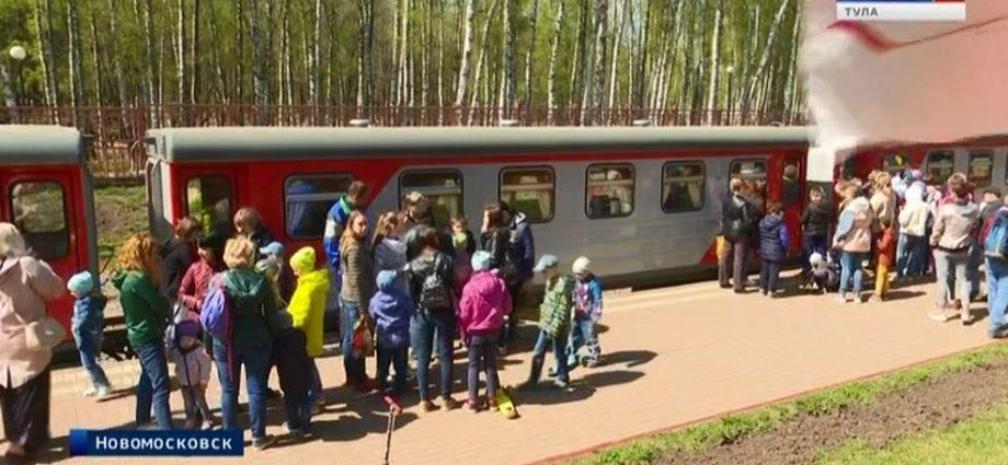 На Детской железной дороге в Новомосковске стартовал 64-й сезон