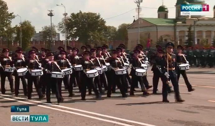 В Туле прошёл парад в день 74-й годовщины Великой Победы