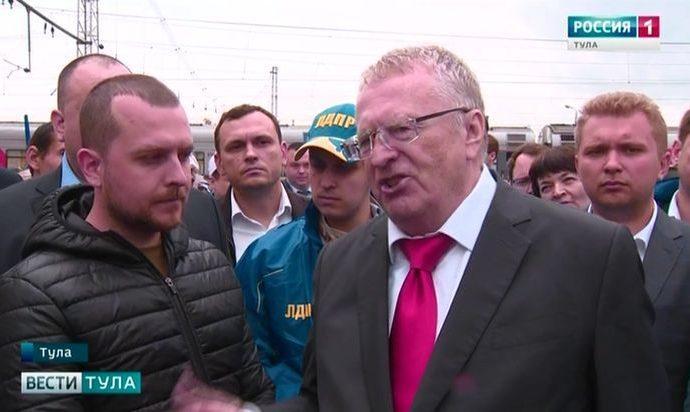 Жириновский назвал Дюмина одним из лучших губернаторов