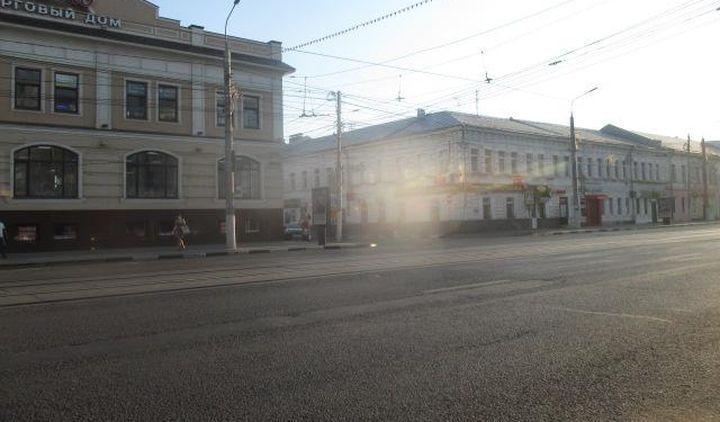 В центре Тулы автоледи на «Форде» сбила ребёнка, идущего к трамваю