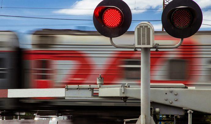 На железнодорожных переездах региона предотвращено несколько ДТП