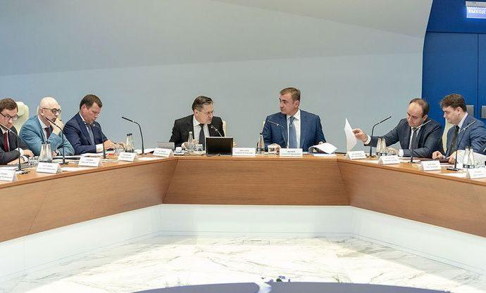 Алексей Дюмин и члены рабочей группы Госсовета обсудили пути освоения новых рынков