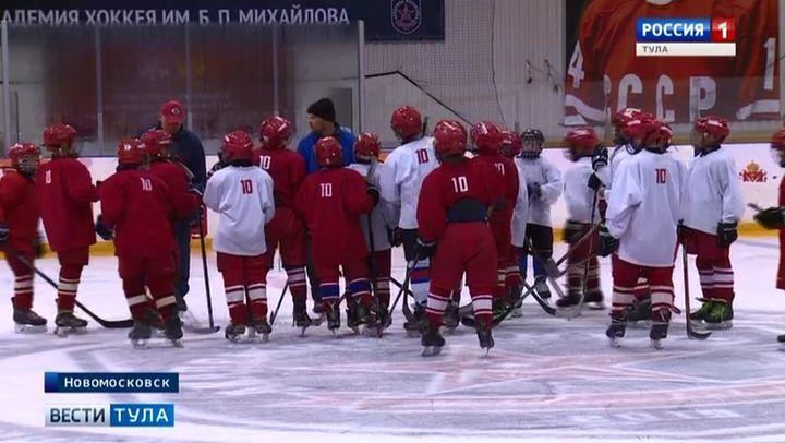 В Академии хоккея им. Б. П. Михайлова строят грандиозные планы на сезон