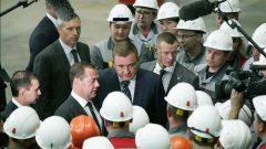 Дмитрий Медведев посетил завод «Тула-Сталь» и Казанскую набережную