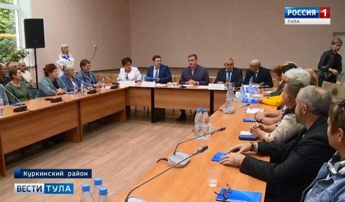 О чём губернатор Алексей Дюмин говорил с апостолами села?