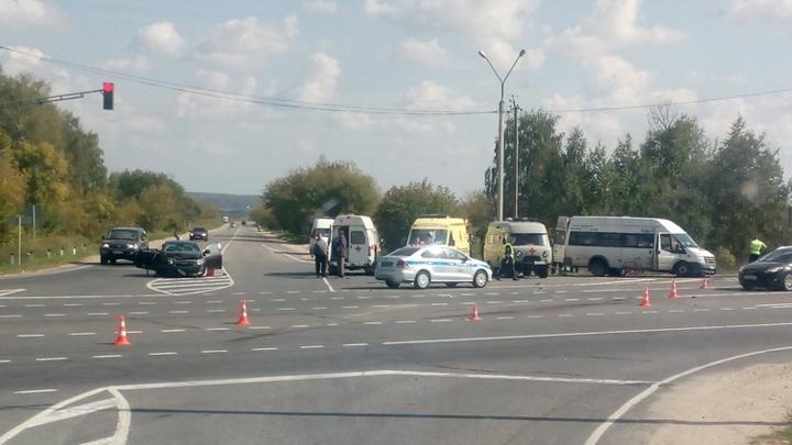 Девять человек, пострадавших в ДТП с автобусом в Тульской области, доставлены в больницу