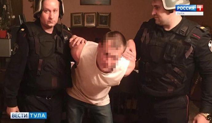 В Новомосковске Росгвардейцы застали грабителя врасплох