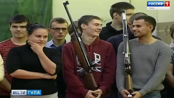 В ТулГУ проходят соревнования по стрельбе из пневматического оружия