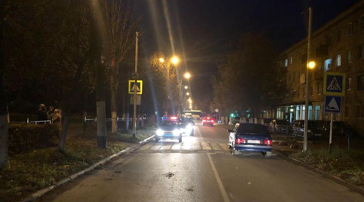В Алексине на пешеходном переходе девочка попала под машину