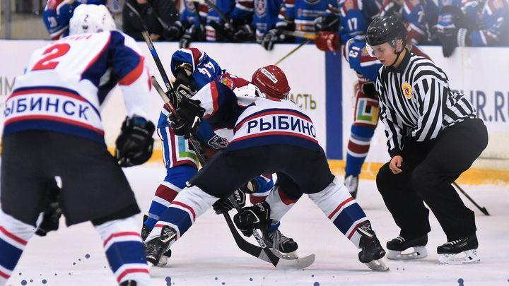 Новомосковская «Академия Михайлова» разгромила хоккеистов «Полёта»