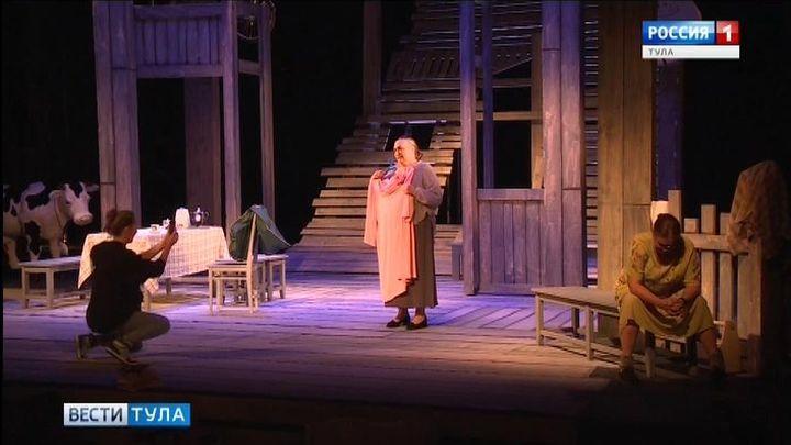 Прима Тульского академического театра драмы отмечает юбилей
