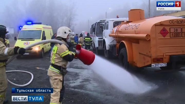 Тульские спасатели провели учения на трассе М-2