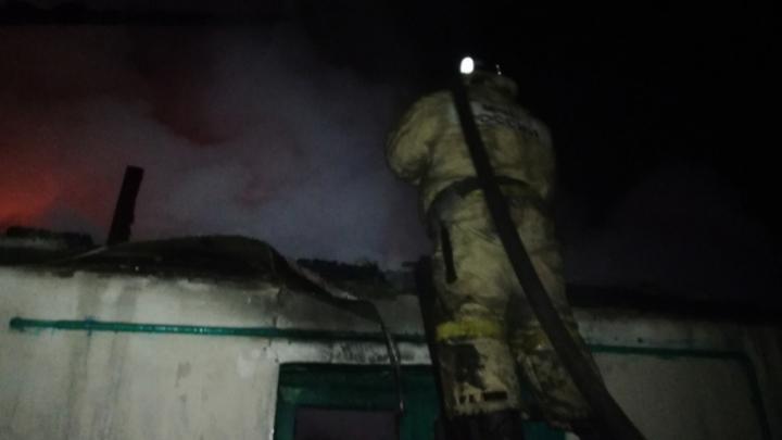 В Тёпло-Огарёвском районе в огне погиб мужчина