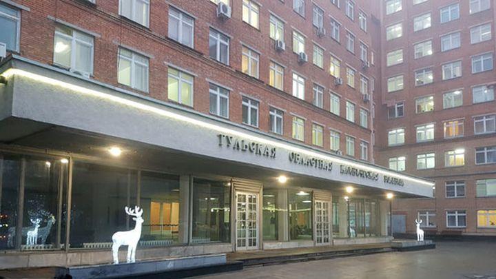 В Тульской областной больнице пациент погиб, выпав из окна