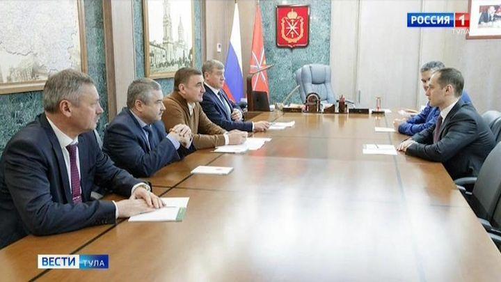 Алексей Дюмин провел рабочую встречу с межрегиональным транспортным прокурором