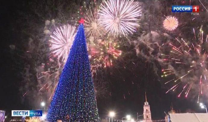 Главная городская ёлка Тулы оказалась в десятке самых высоких в стране