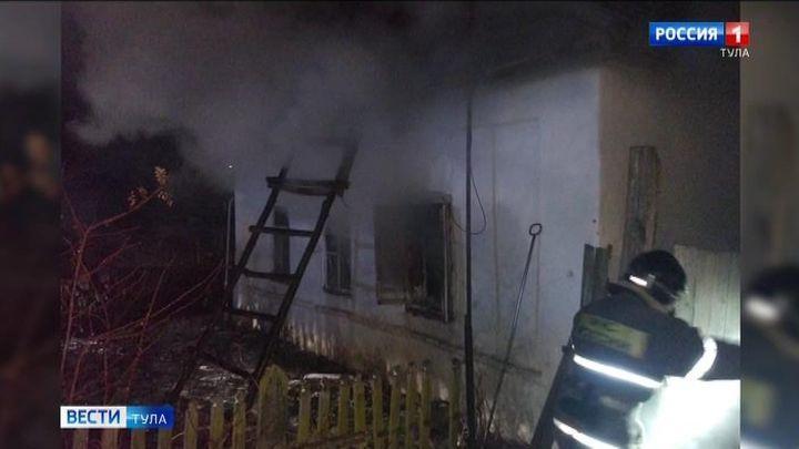 В Крапивне ночью сгорел дом