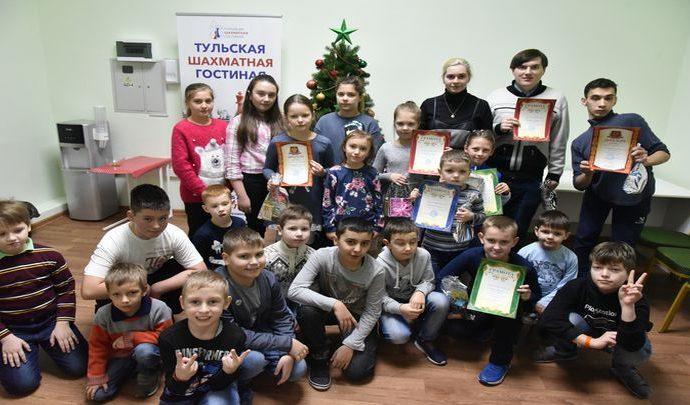 В Тульской шахматной гостиной прошёл Рождественский турнир по русским шашкам