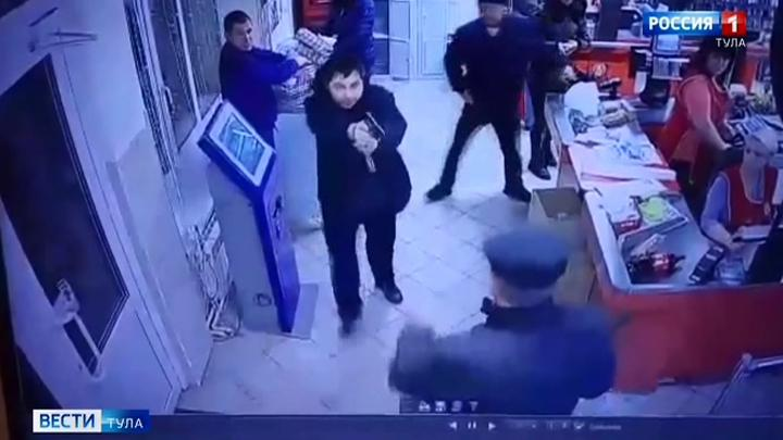 Дело жителя Алексина, оскорбившего полицейского, передали в суд