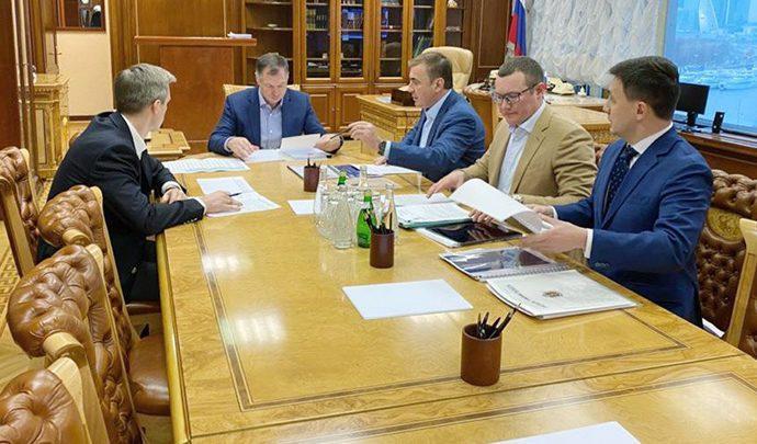 Алексей Дюмин встретился с зампредседателя правительства РФ