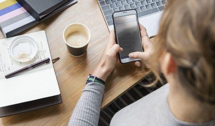 «Ростелеком» бесплатно добавляет корпоративным клиентам к текущему пакету услуг 100 минут и 10 Гб мобильного интернета