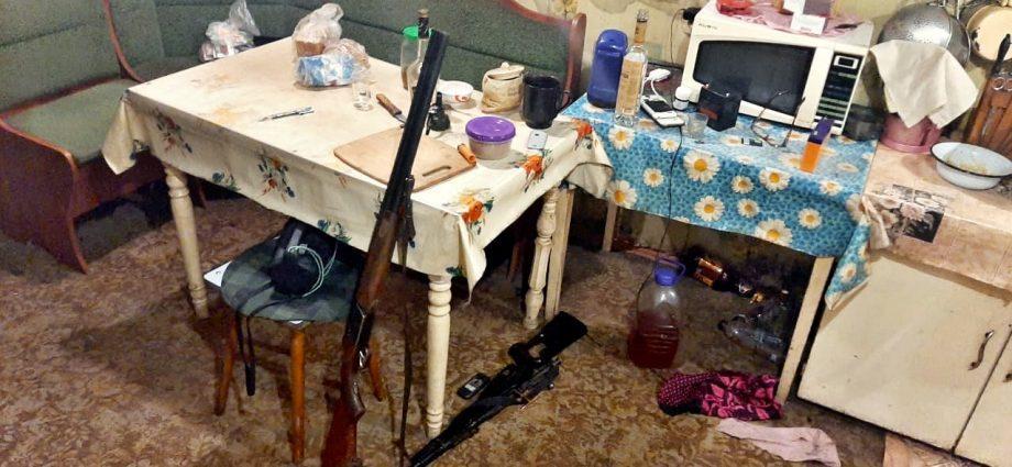 Арсенал оружия, изъятый у жителя одной из деревень Венёвского района