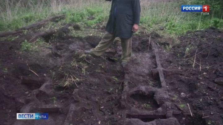 Поисковики обнаружили в Киреевском районе остатки германского разведывательного вездехода
