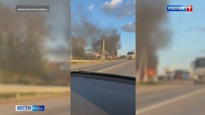 В Щёкинском районе сгорел автомобиль