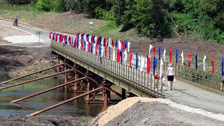 Новый мост через Упу в деревне Завалово Одоевского района Тульской области