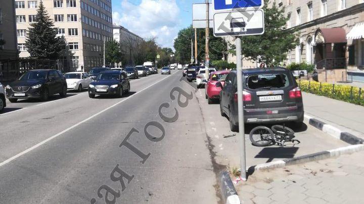 В Туле велосипедист неудачно переехал улицу Болдина