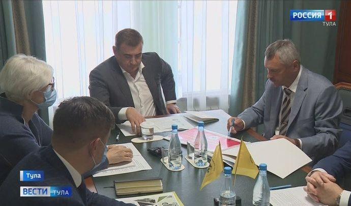 Губернатор Алексей Дюмин встретился с поисковиками