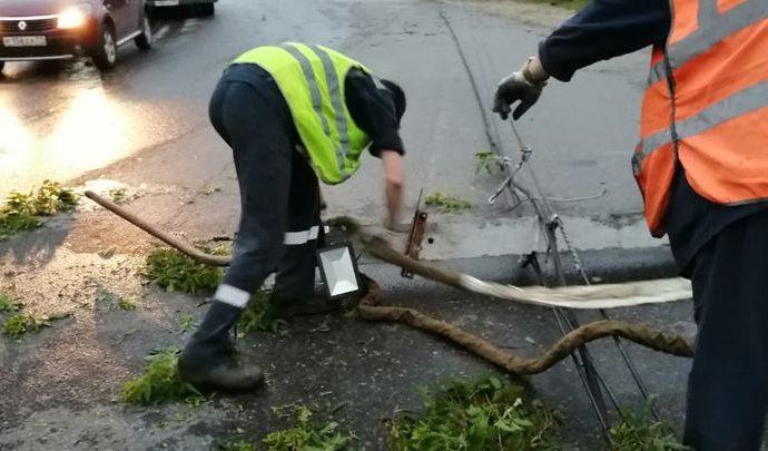 На устранение последствий стихии в Тульской области Алексей Дюмин дал 14 часов