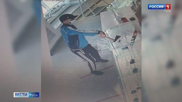 Подозреваемый в ограблении ювелирного салона в центре Тулы задержан