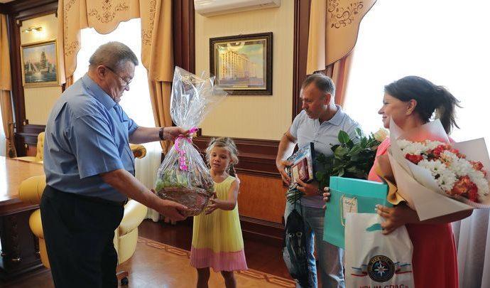 В Крыму отважную 7-летнюю тулячку завалили подарками