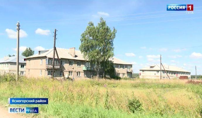 В селе Федяшево из-за отсутствия активиста разваливаются дома