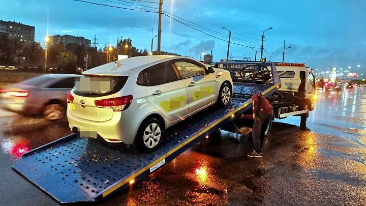 В Туле поймали нелегального таксиста